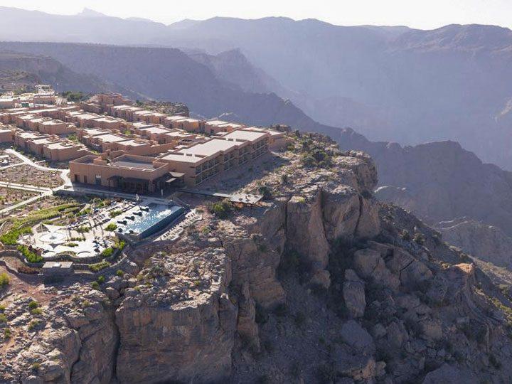 Towering effort to build Anantara hotel in Oman