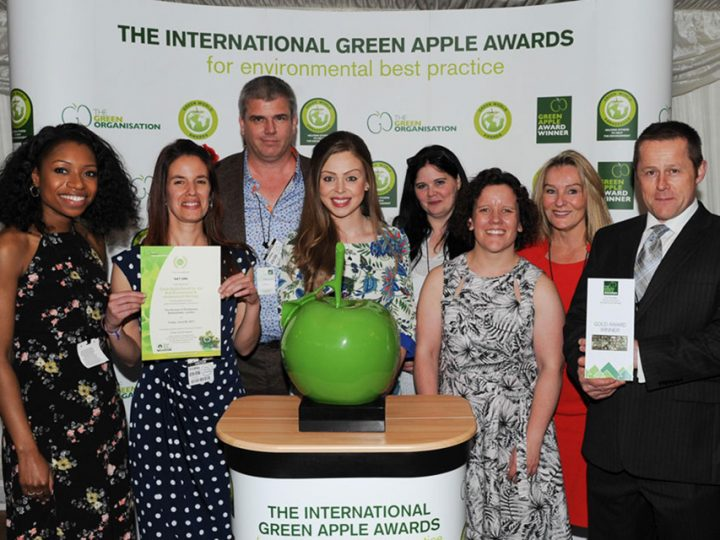 S&T UK wins Green Apple award